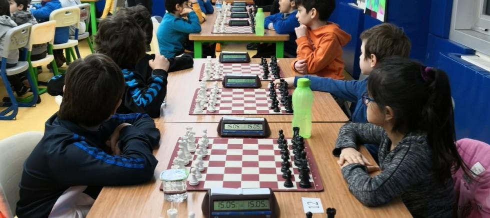 İstanbul'da İlk Okullar arası Satranç Turnuvası!
