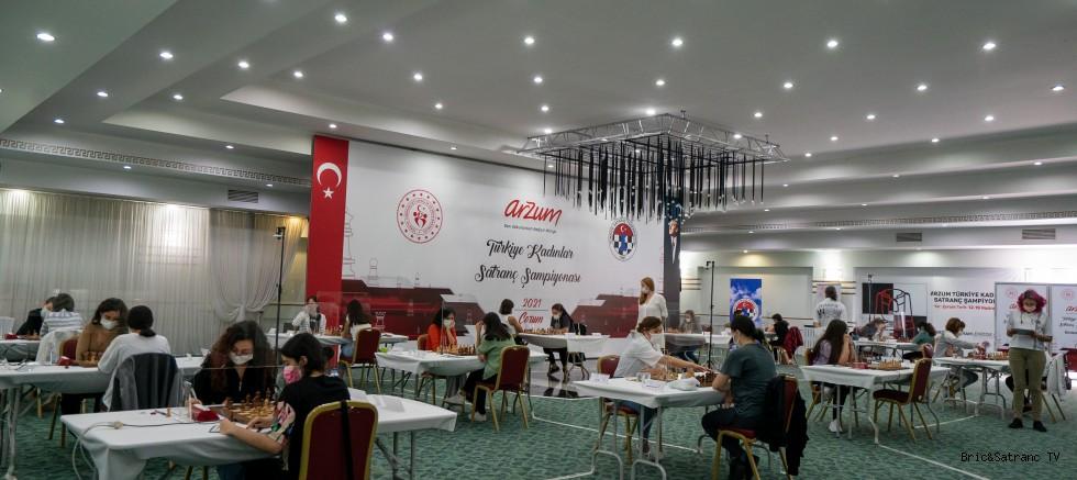 Türkiye Kadınlar Satranç Şampiyonasında 2. Tur Geride Kaldı!